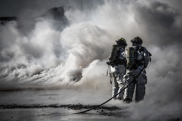 firefighters-696167_640