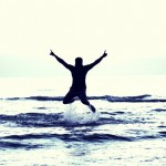 boy-flying-happy-boy-693381_640