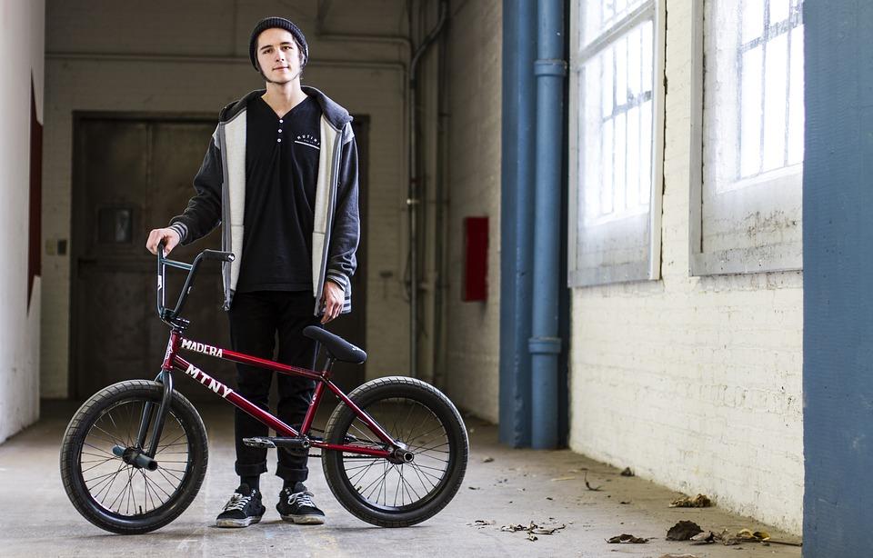 bikes-1205279_960_720